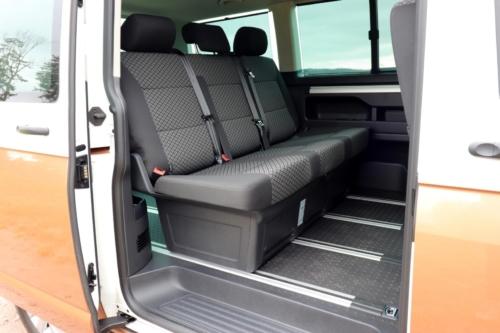 Volkswagen Multivan Bulli 2020 (5)