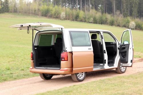 Volkswagen Multivan Bulli 2020 (67)
