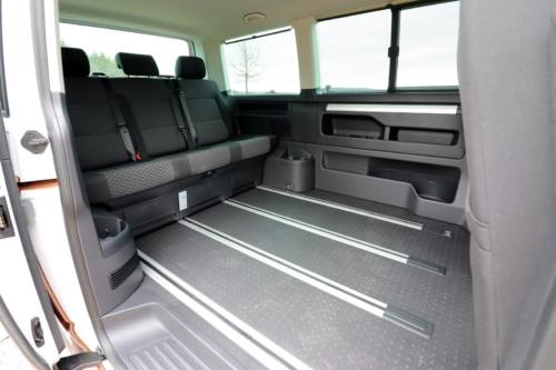 Volkswagen Multivan Bulli 2020 (8)