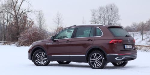 Volkswagen Tiguan 2021 (2)