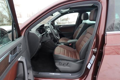 Volkswagen Tiguan 2021 (40)