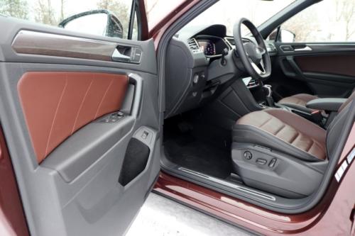 Volkswagen Tiguan 2021 (41)