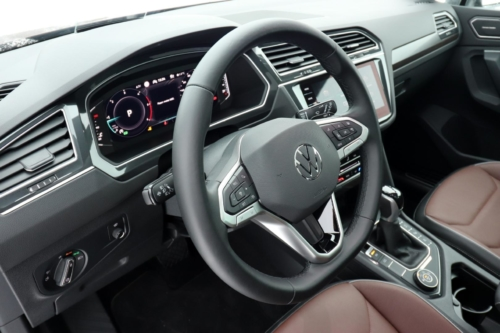 Volkswagen Tiguan 2021 (43)