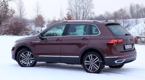 Volkswagen Tiguan 2021 (9)