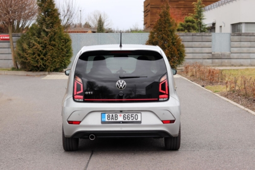 Volkswagen up! GTI (11)