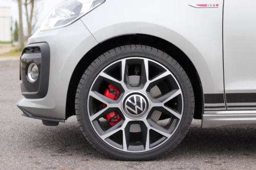 Volkswagen up! GTI (22)