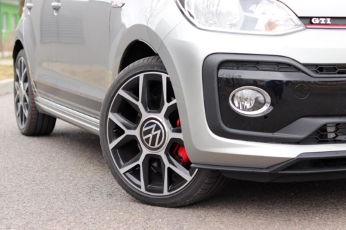 Volkswagen up! GTI (3)