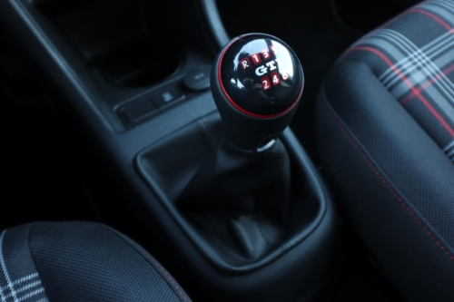 Volkswagen up! GTI (36)