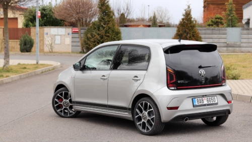 Volkswagen up! GTI (8)